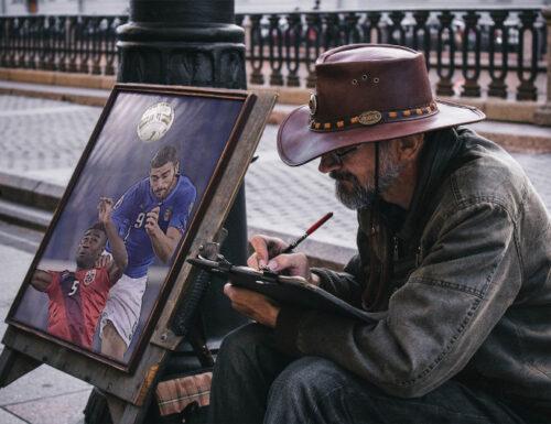 GRAZIANO E L' ARTISTA IN UN CAPPELLO
